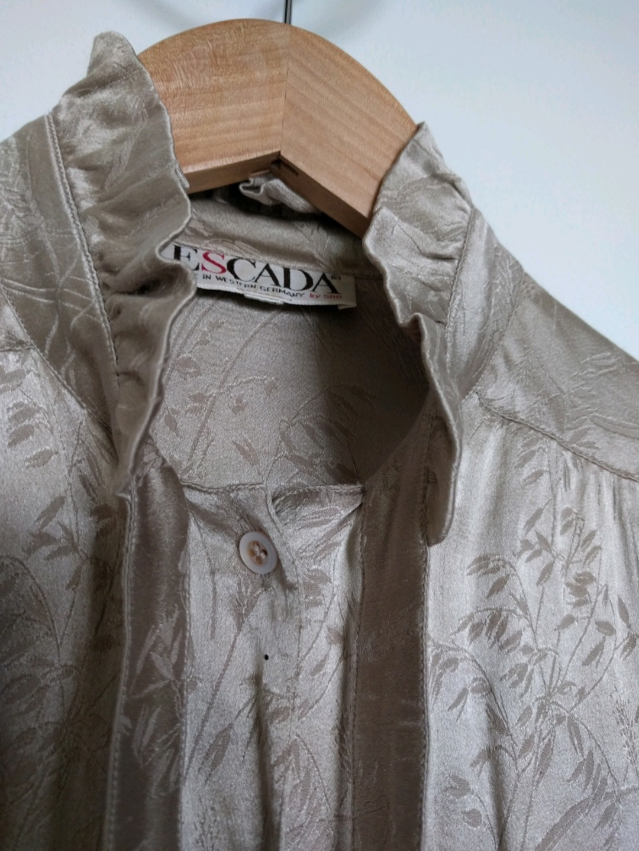 Women's blouses & shirts - ESCADA photo 2