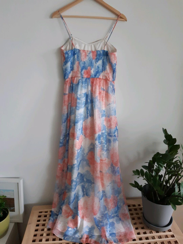 Damers kjoler - KIOMI photo 2