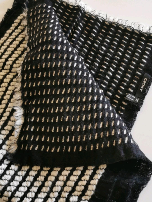 Naiset huivit & saalit - DKNY photo 2