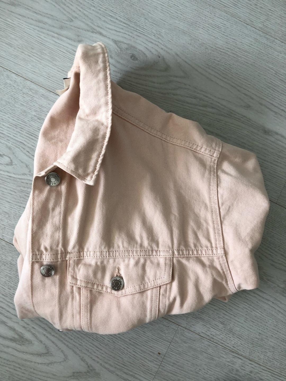 Naiset takit & jakut - MONKI photo 1