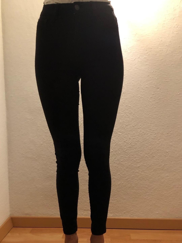 Damen hosen & jeans - PULL&BEAR photo 1