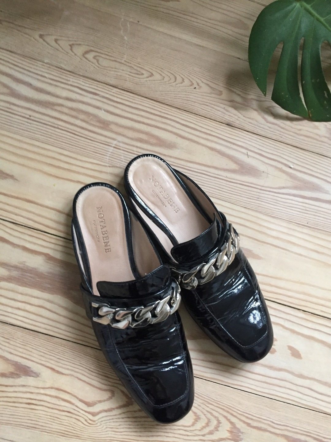 Women's flats & loafers - NOTABENE photo 1