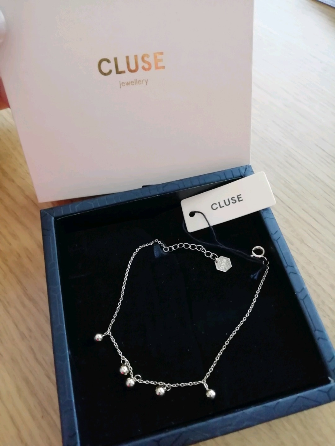 Women's jewellery & bracelets - CLUSE photo 1