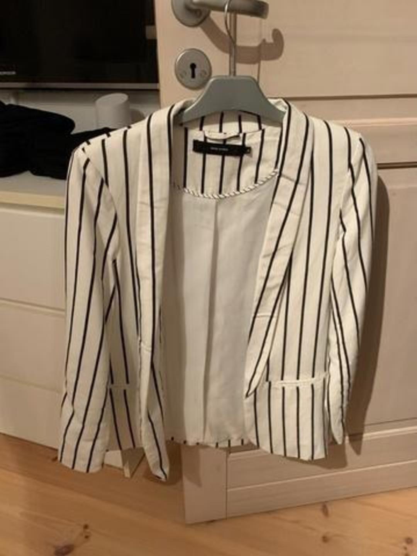 Women's blazers & suits - VERO MODA photo 1