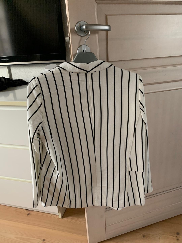 Women's blazers & suits - VERO MODA photo 3