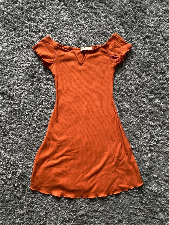 Women's dresses - PULL&BEAR photo 1