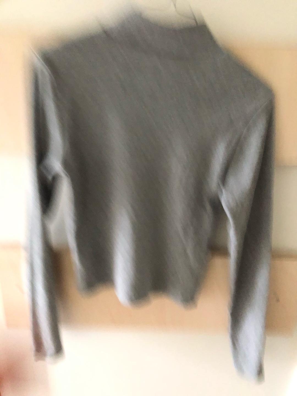 Women's jumpers & cardigans - PROJEKT UNKNOWN photo 2