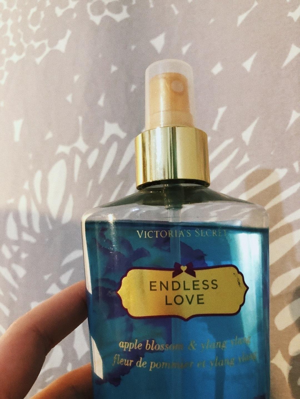 Women's cosmetics & beauty - VICTORIA'S SECRET photo 1
