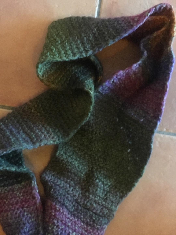 Damers tørklæder og sjaler - HANDARBEIT photo 2