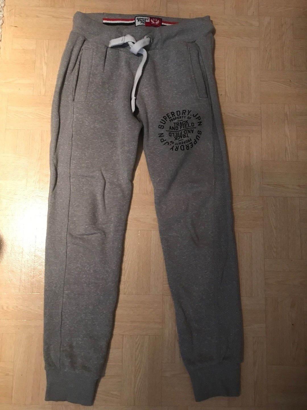 Women's trousers & jeans - SUPERDRY photo 1