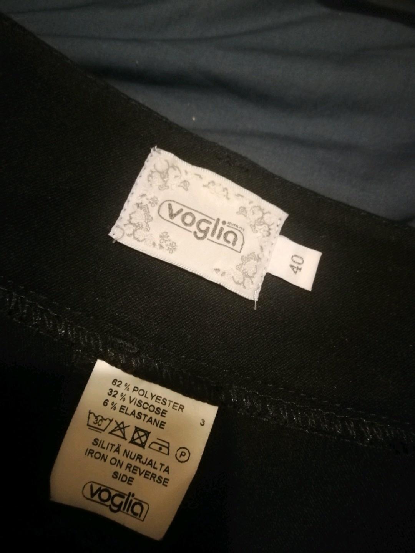 Women's trousers & jeans - VOGLIA photo 2
