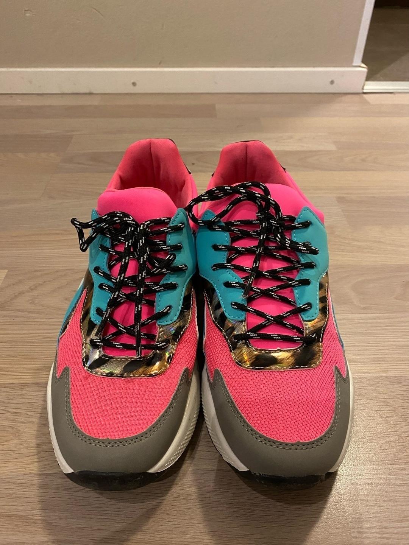 Women's sneakers - VAMSKO photo 4