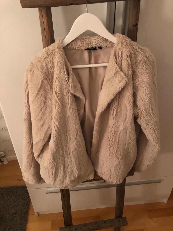 Naiset takit & jakut - LINDEX photo 1