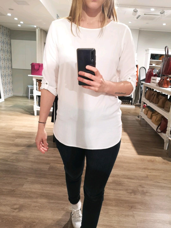 Damen blusen & t-shirts - VERO MODA photo 4