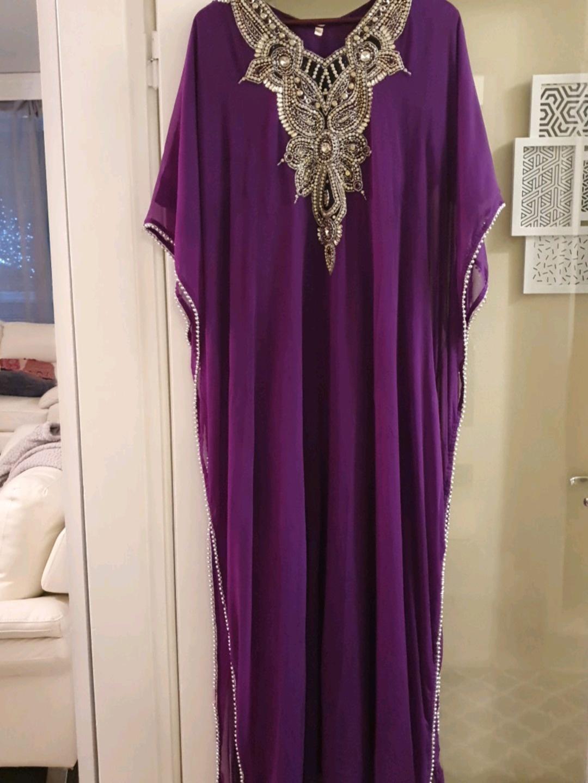 Naiset mekot - - photo 1