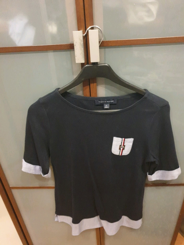 Women's tops & t-shirts - TOMMY HILFIGER photo 2
