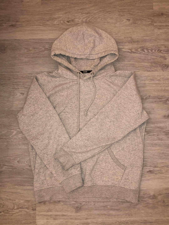 Damers hættetrøjer og sweatshirts - BIK BOK photo 1