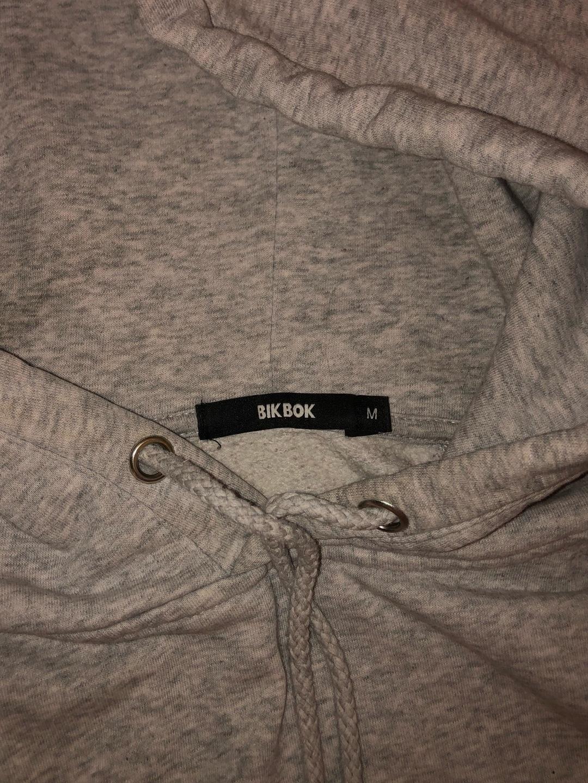 Damers hættetrøjer og sweatshirts - BIK BOK photo 2