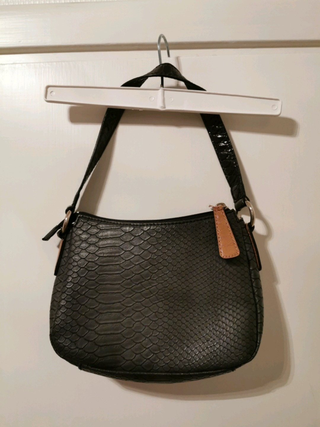 Women's bags & purses - GUESS photo 3