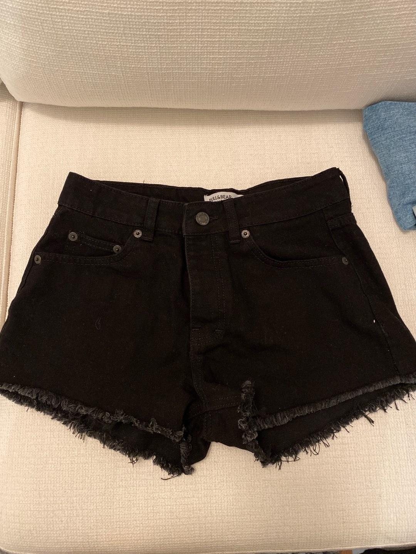 Women's shorts - PULL&BEAR photo 1