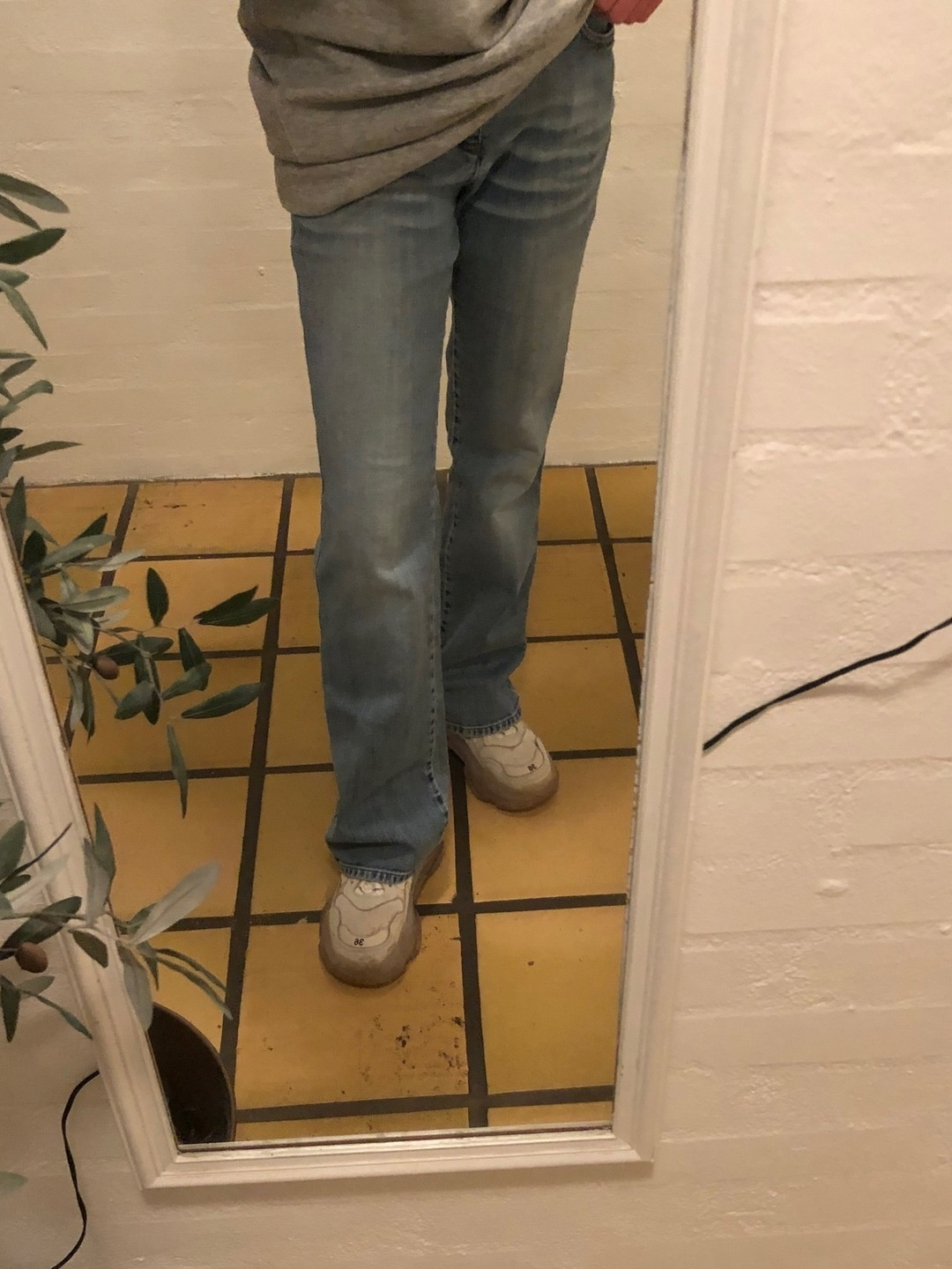 Women's trousers & jeans - SAND photo 3