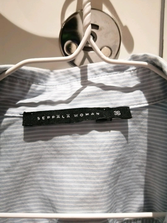 Women's blouses & shirts - SEPPÄLÄ photo 3