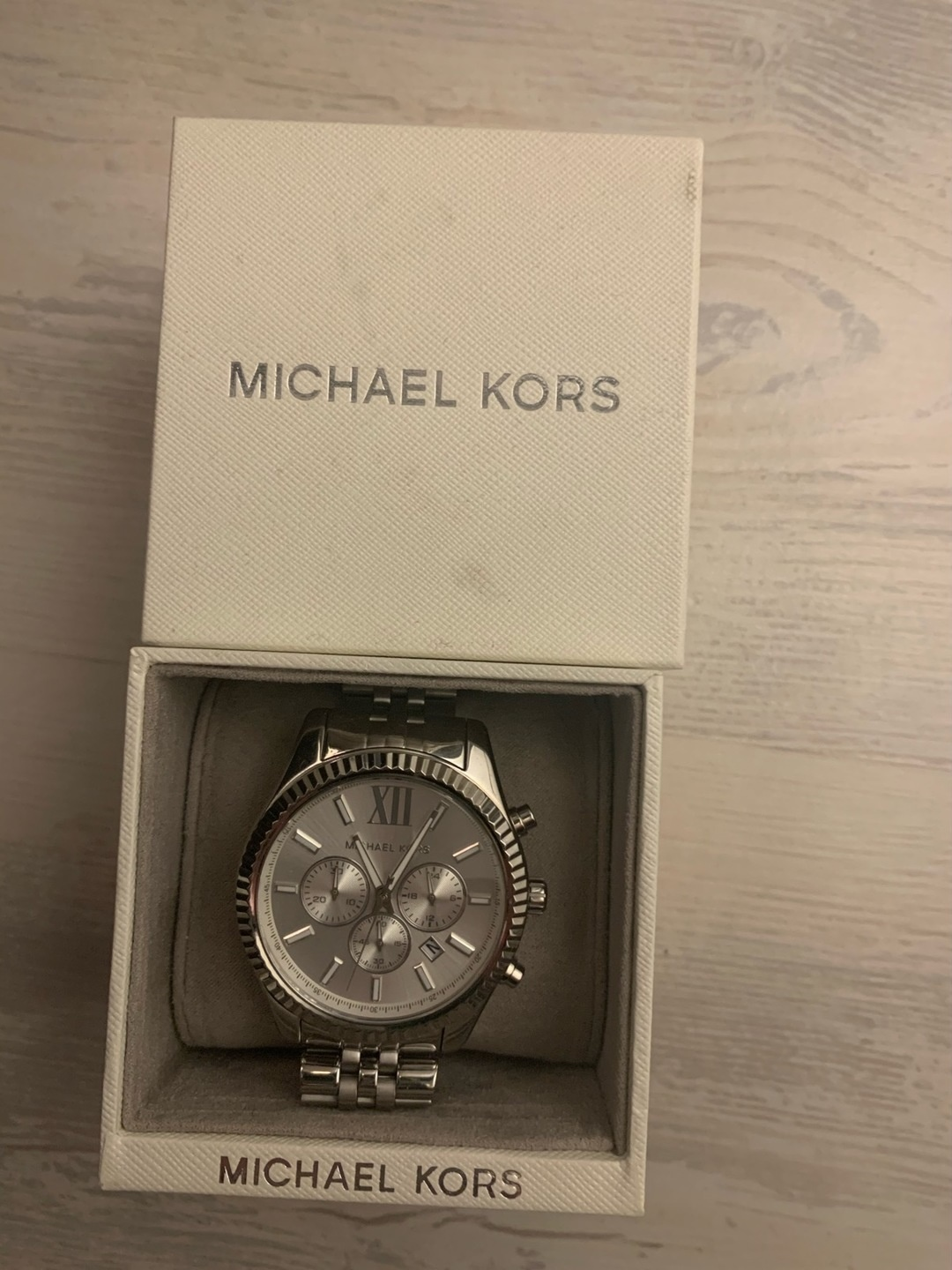 Women's jewellery & bracelets - MICHAEL KORS photo 1