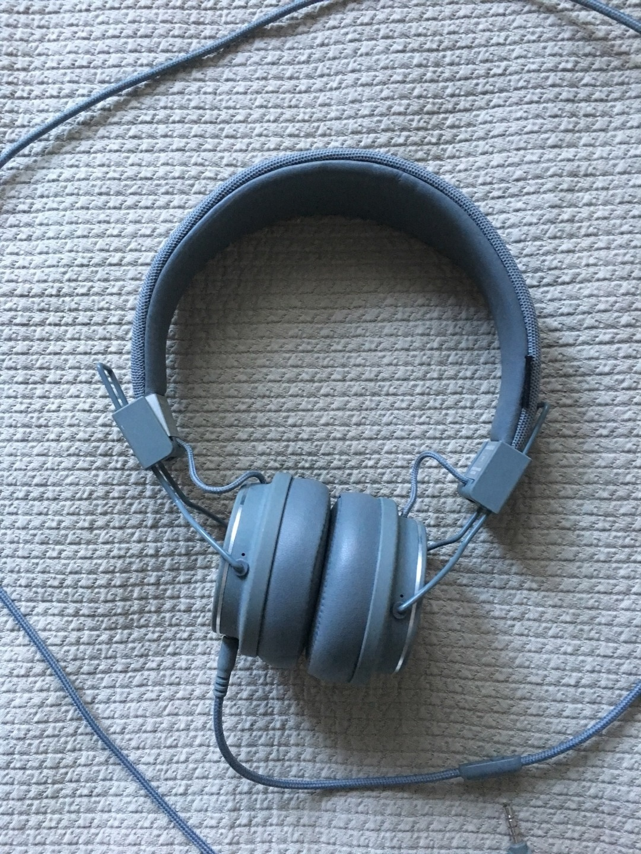 Women's headphones - URBANEARS photo 1