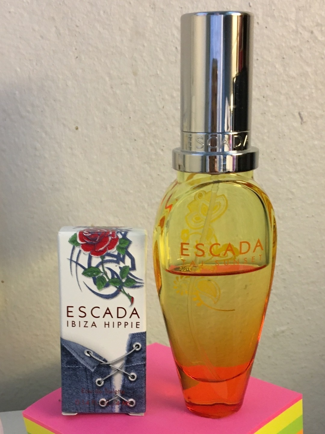 Women's cosmetics & beauty - ESCADA photo 1