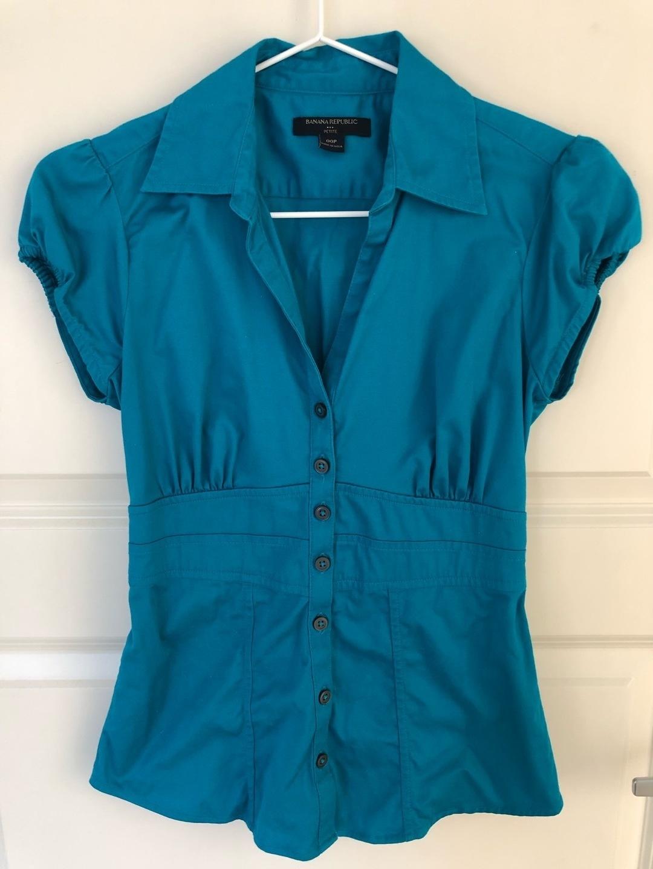 Women's blouses & shirts - BANANA REPUBLIC photo 1