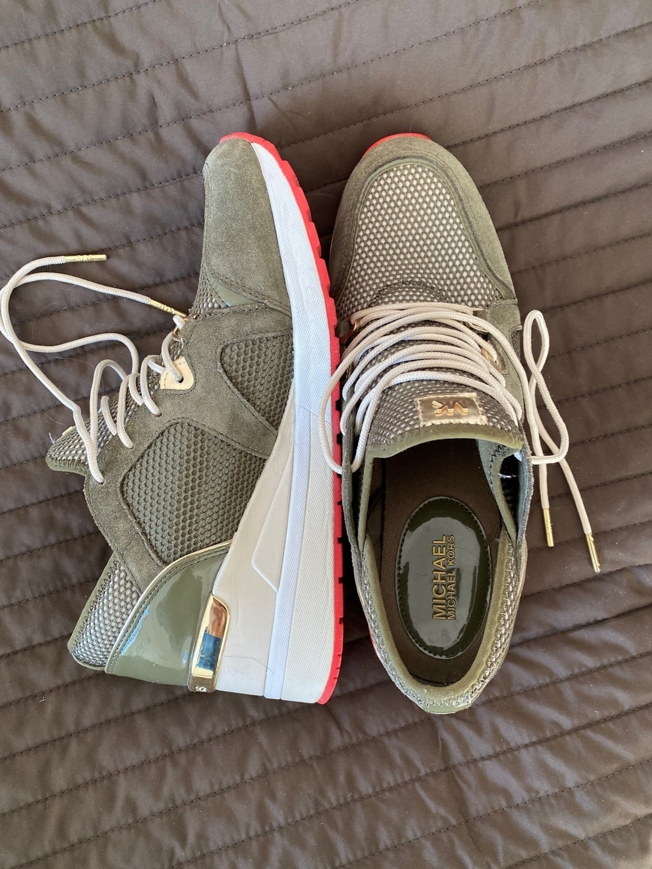 Women's sneakers - MICHAEL KORS photo 3