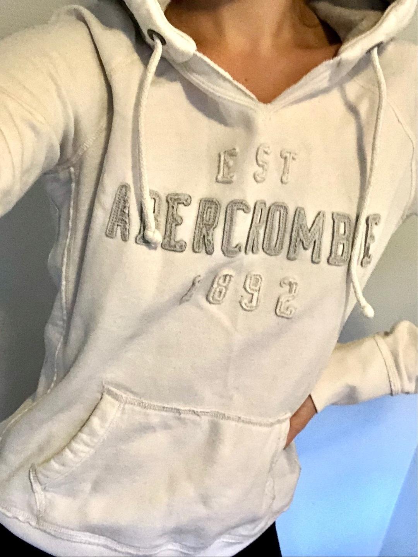 Women's hoodies & sweatshirts - ABERCROMBIE & FITCH photo 1