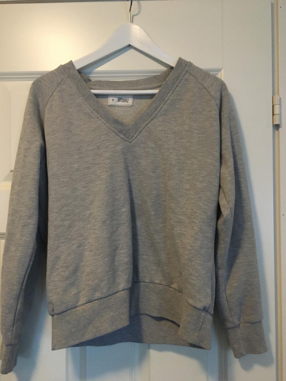 Women's hoodies & sweatshirts - REDBIRD (OSTETTU BIKBOK) photo 1