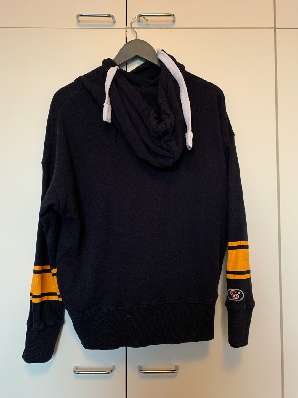 Women's hoodies & sweatshirts - SUPERDRY photo 2