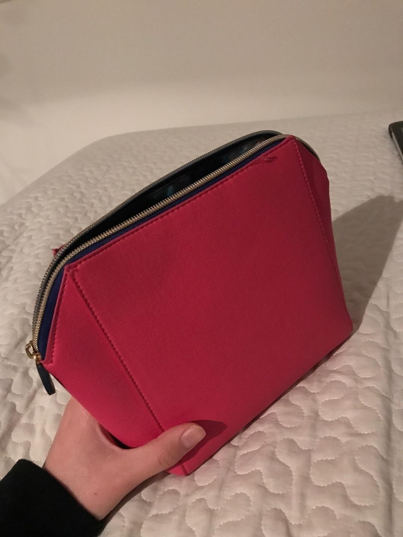 Women's bags & purses - NIVEA photo 1