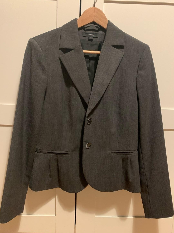 Women's blazers & suits - COMMA, photo 1