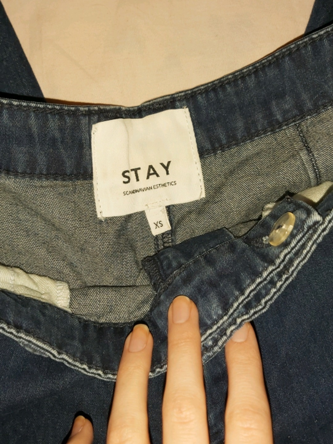 Women's trousers & jeans - STAY photo 3