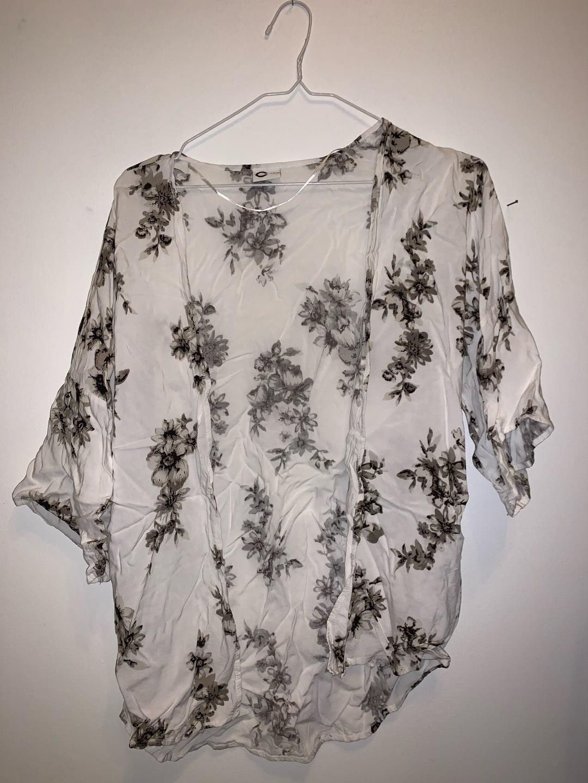 Women's blouses & shirts - CUBUS photo 1