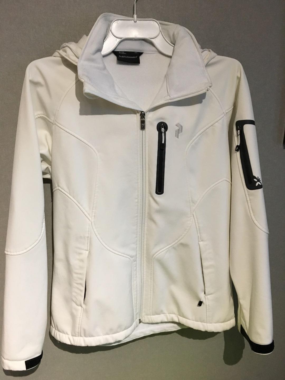 Women's coats & jackets - PEAK PERFORMANCE photo 1