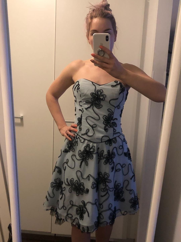 Women's dresses - NINA L photo 1
