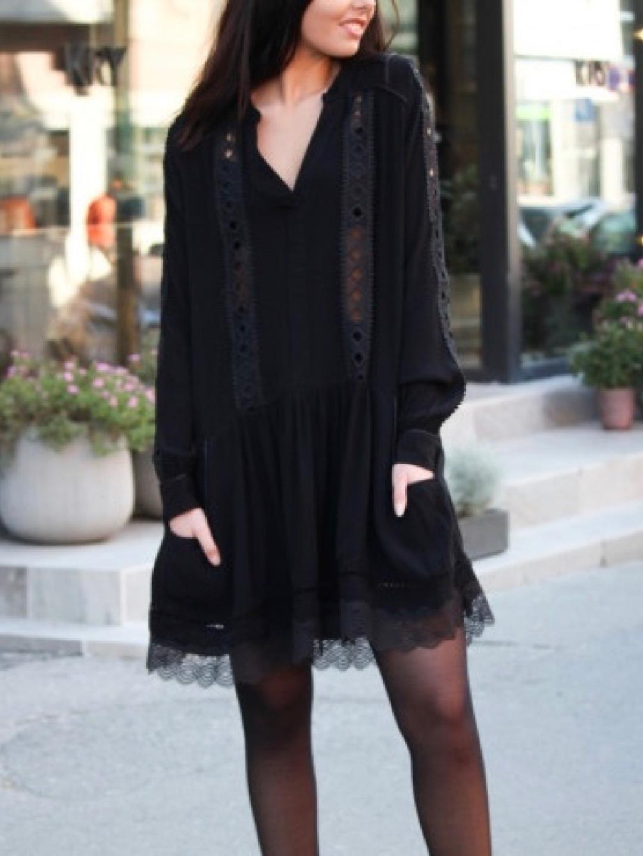 Women's dresses - RAVN photo 1