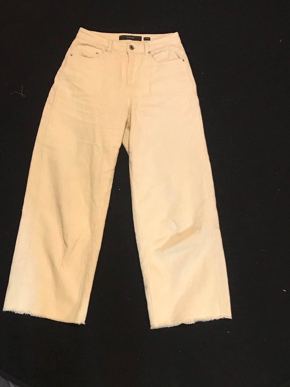 Women's trousers & jeans - VERO MODA photo 2