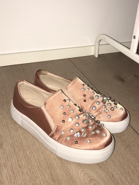 Women's flats & loafers - MY WEAR photo 1