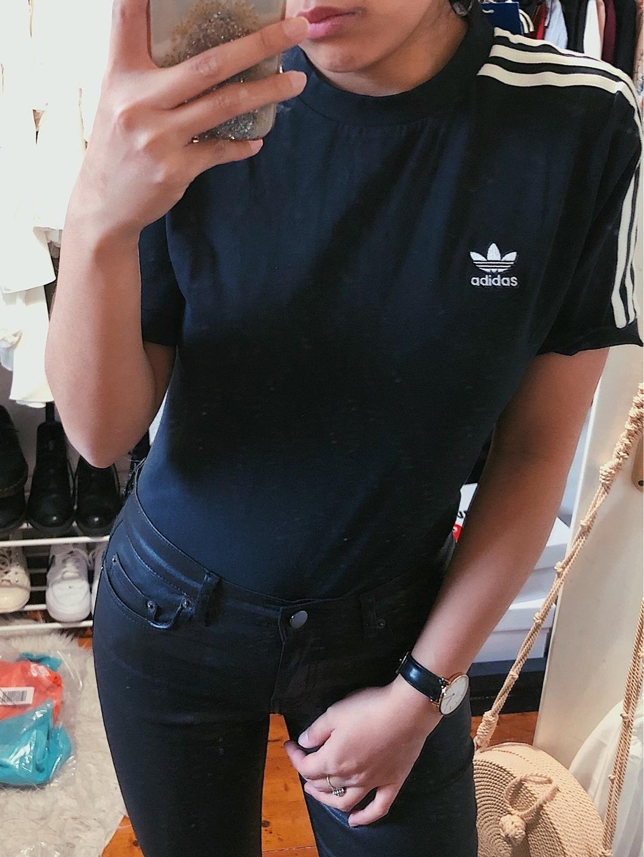 Naiset topit & t-paidat - ADIDAS photo 2