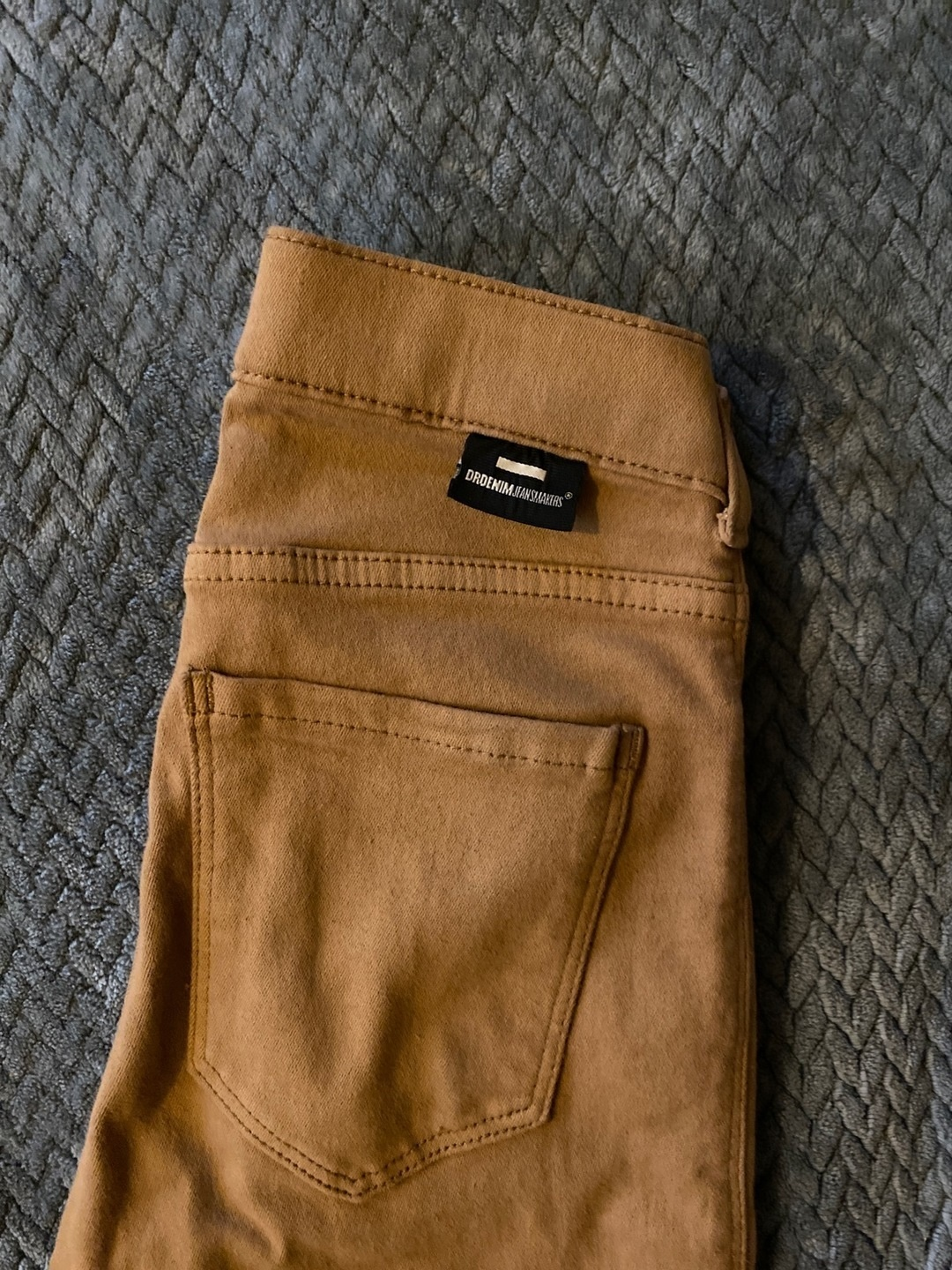 Women's trousers & jeans - DR. DENIM photo 1