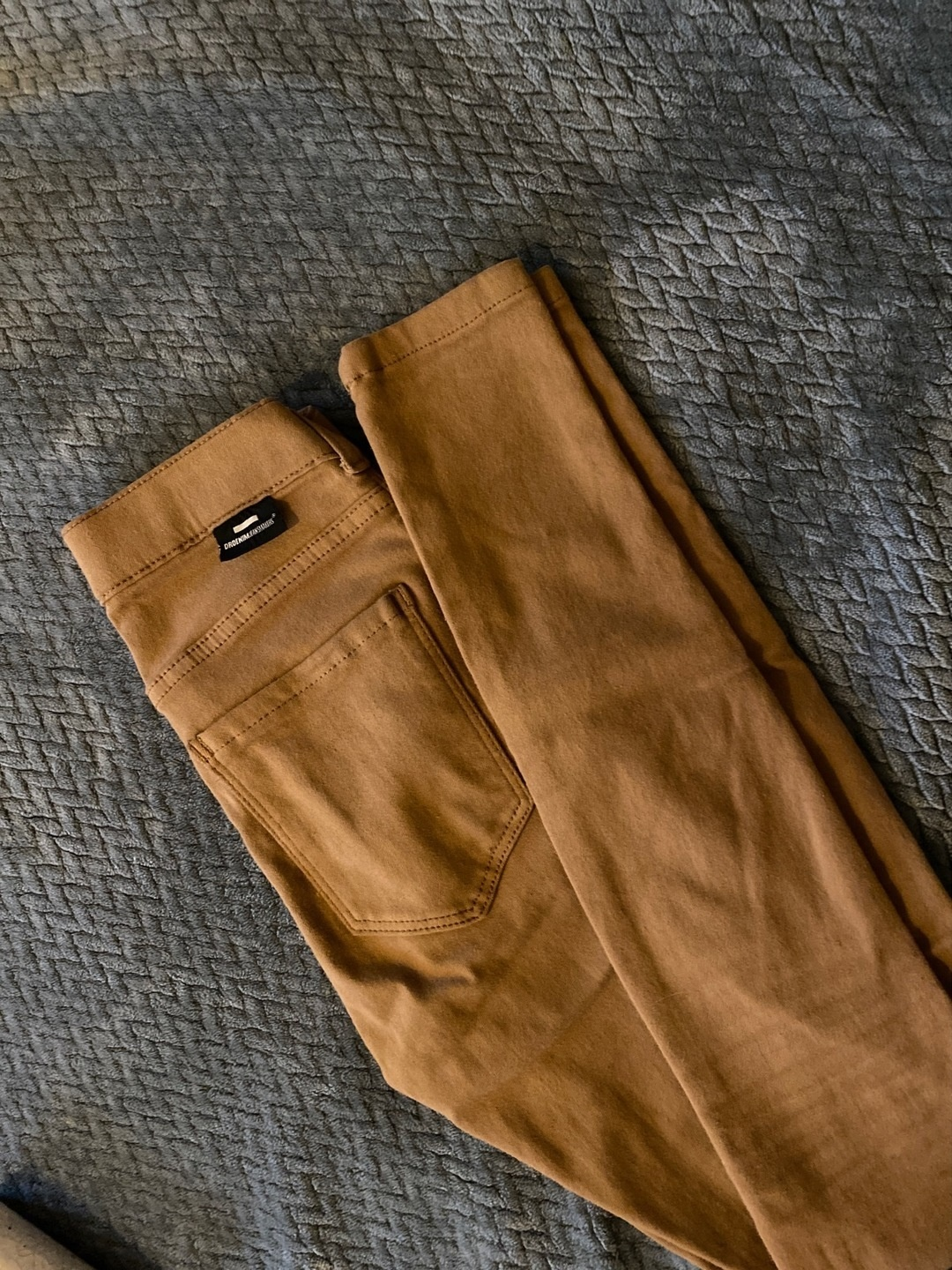 Women's trousers & jeans - DR. DENIM photo 2