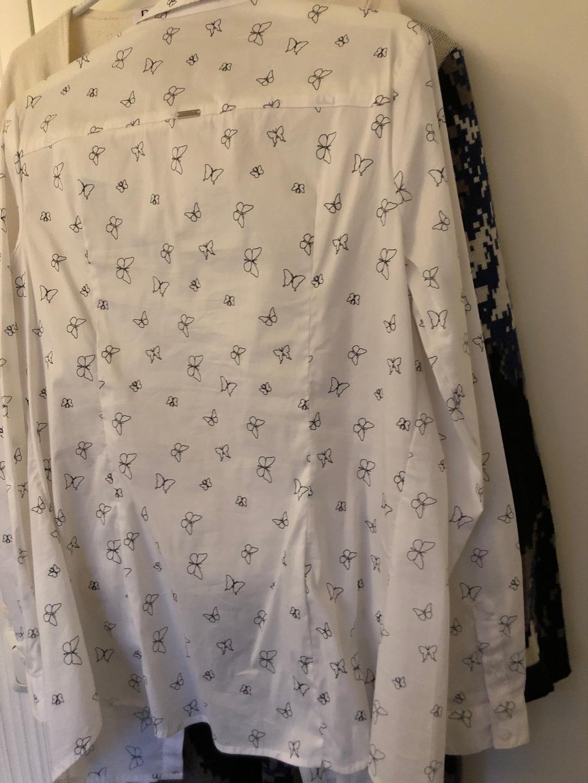 Women's blouses & shirts - MOHITO photo 2