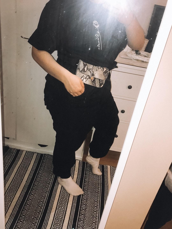 Women's trousers & jeans - BOOHOO photo 1