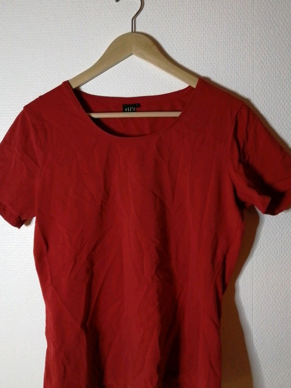 Women's tops & t-shirts - RIL'S photo 1