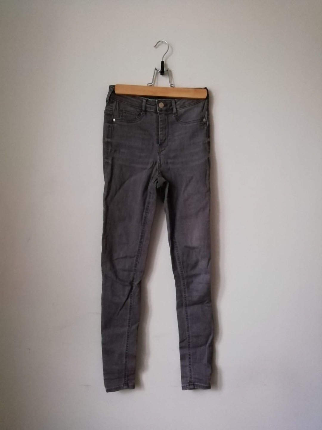 Women's trousers & jeans - GINA JEANS photo 1